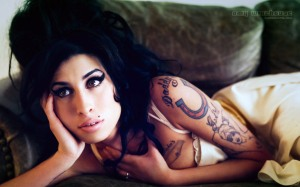 amy-winehouse-that-grape-juice