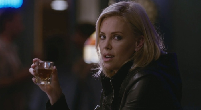 young-adult-charlize (1)