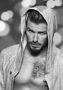 David-Beckham-H-M-Underwear-Christmas-collection-2012-david-beckham-32719788-1567-2240
