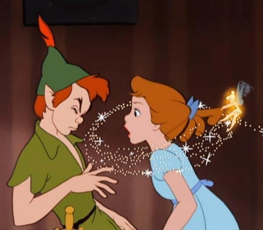 Peter-Pan-Wendy-and-Tinkerbell-peter-pan-6584203-521-456