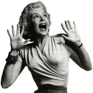 screaming-classic-horror-movie-blonde